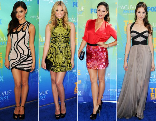 Pretty Little Liars TV دکھائیں پیپر وال probably with a leotard called PLL at Teen Choice Awards