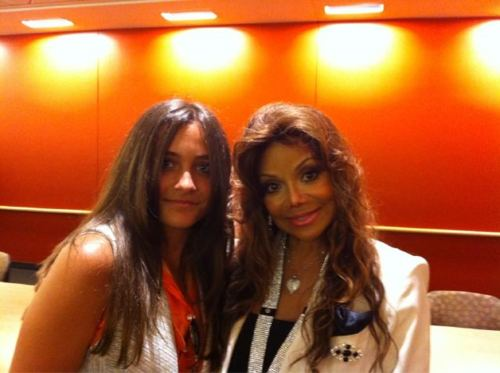 Paris Jackson fond d'écran with a portrait entitled Paris and La Toya