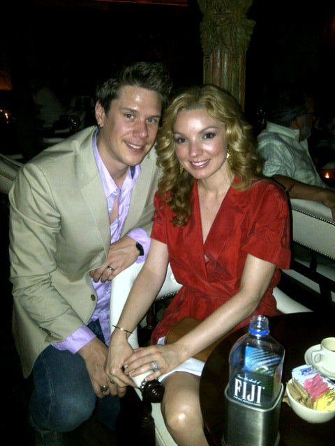 Sarah Miller: cena with my lovely husband on our two año anniversary!