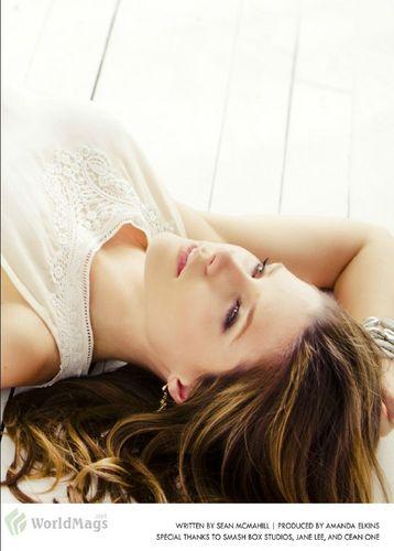 Sophia - Magazines - Zooey (July) 2011