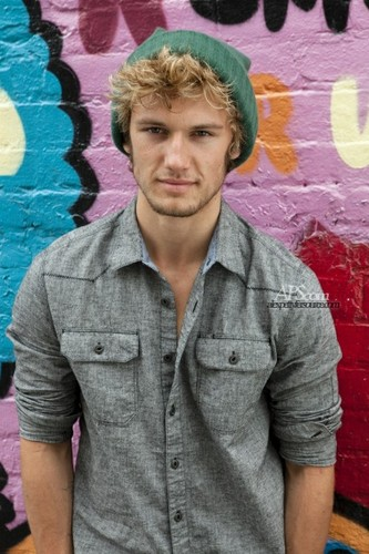 Alex Pettyfer wallpaper entitled Teen Vogue Outtakes