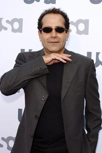 Tony Shalhoub wallpaper containing a business suit called Tony
