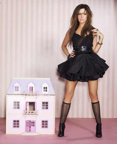 ashley tisdale photoshoot!!