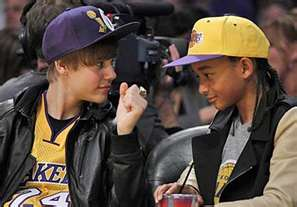 Los Angeles Lakers 壁纸 containing a green beret, a navy seal, 迷彩服, and 疲劳 called jaden smith lakers game