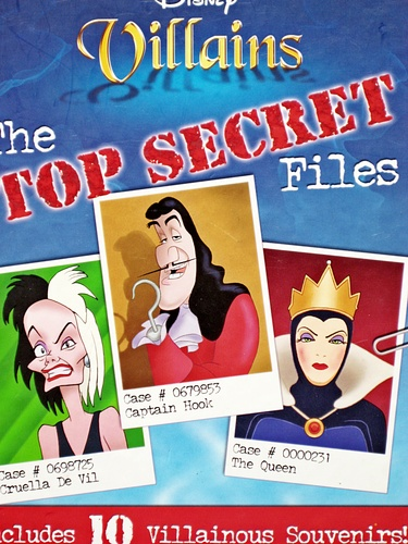 Disney Villains: The oben, nach oben Secret Files - Front Cover