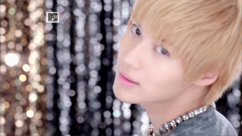 JULITTE - men-of-kpop Screencap