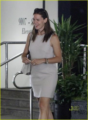 Jennifer Garner: Business in Beverly Hills