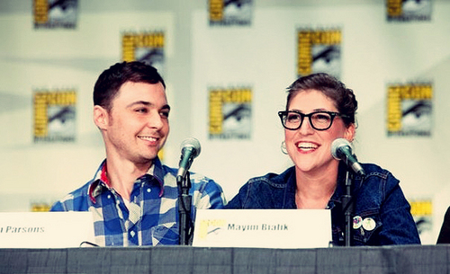 Jim Parsons and Mayim Bialik at Comic Con 2011