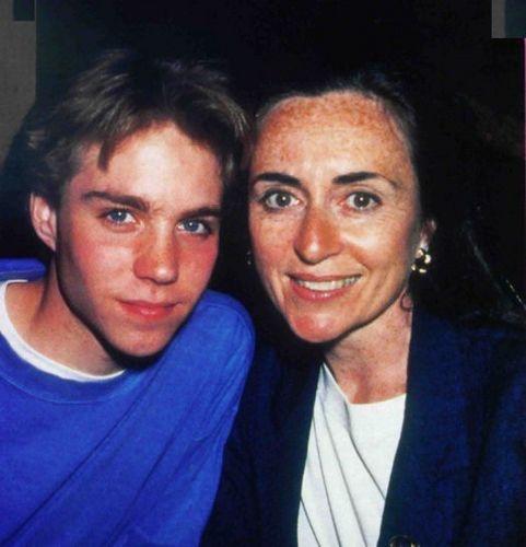 Jon with mom :)