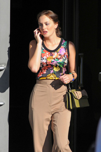 """Leighton Meester wears a pair of high waisted pants on the set of """"Gossip Girl"""" in NYC"""