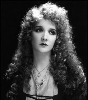 Mary Philbin as Christine Daaé (1925)