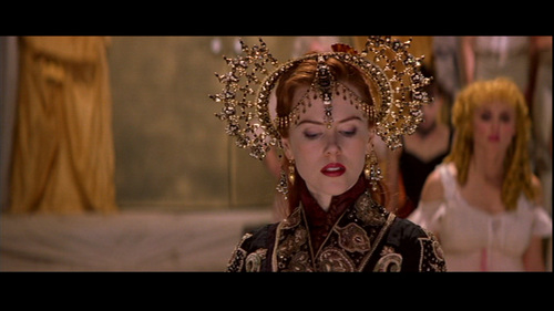 Nicole Kidman wallpaper probably containing a mantilla titled Moulin Rouge