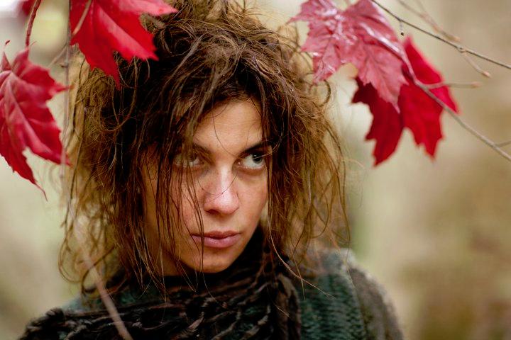 Natalia-as-Osha-in-Game-of-Thrones-natalia-tena-24525551-720-480.png