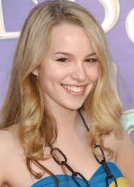 Good Luck Charlie দেওয়ালপত্র containing a portrait titled Nearly the entire family!