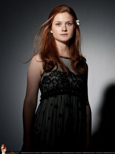 bonnie wright fondo de pantalla with a cóctel, coctel dress called New Deathly Hallows part 1 Photoshoots