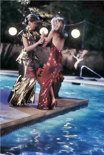 Sammy-Jo & Amanda -- Pool Fight - dynasty Screencap