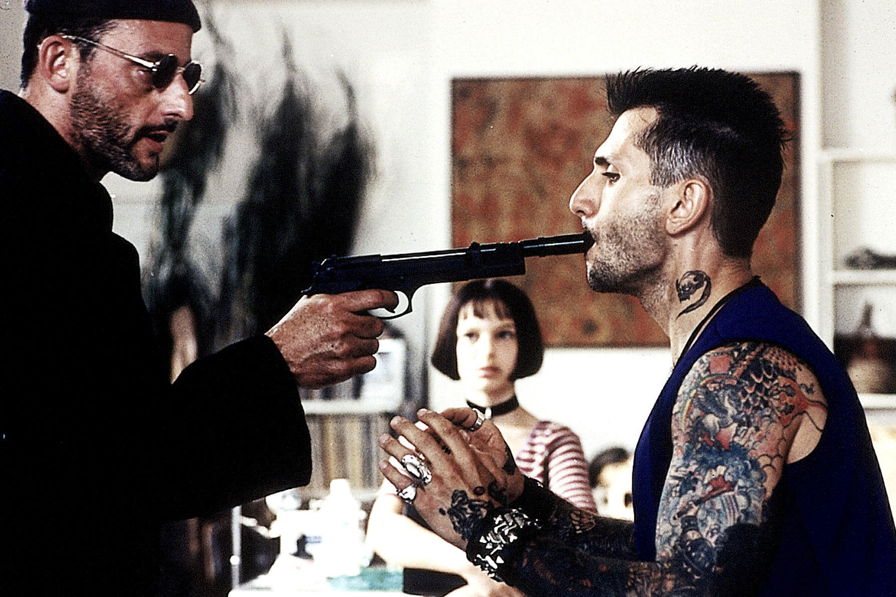 leon the professional Luc besson and the disturbing true story behind 'léon: the professional' the  celebrated 'lolita'-esque hitman saga was partially inspired by.