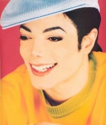 Qual o melhor ensaio fotográfico de Michael ? 522757_1282551543483_full
