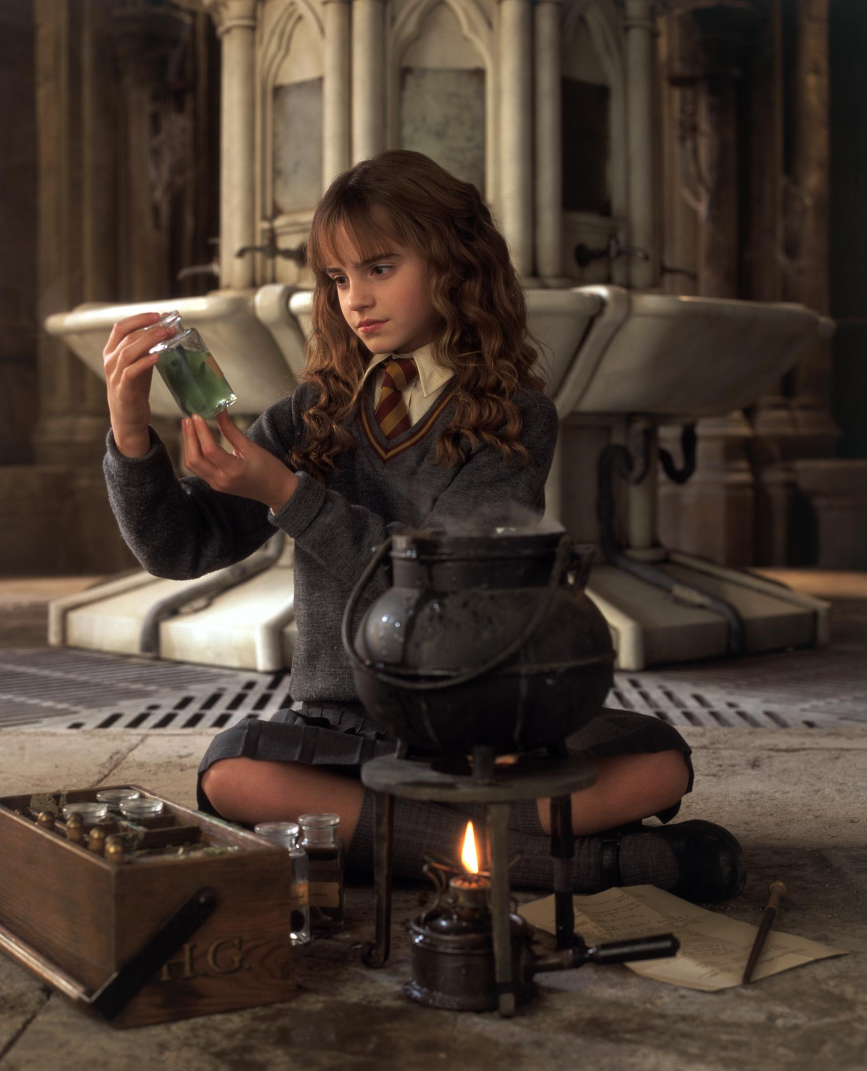 Which movie is hermione granger hottest in poll results harry potter fanpop - Harry potter movies hermione granger ...