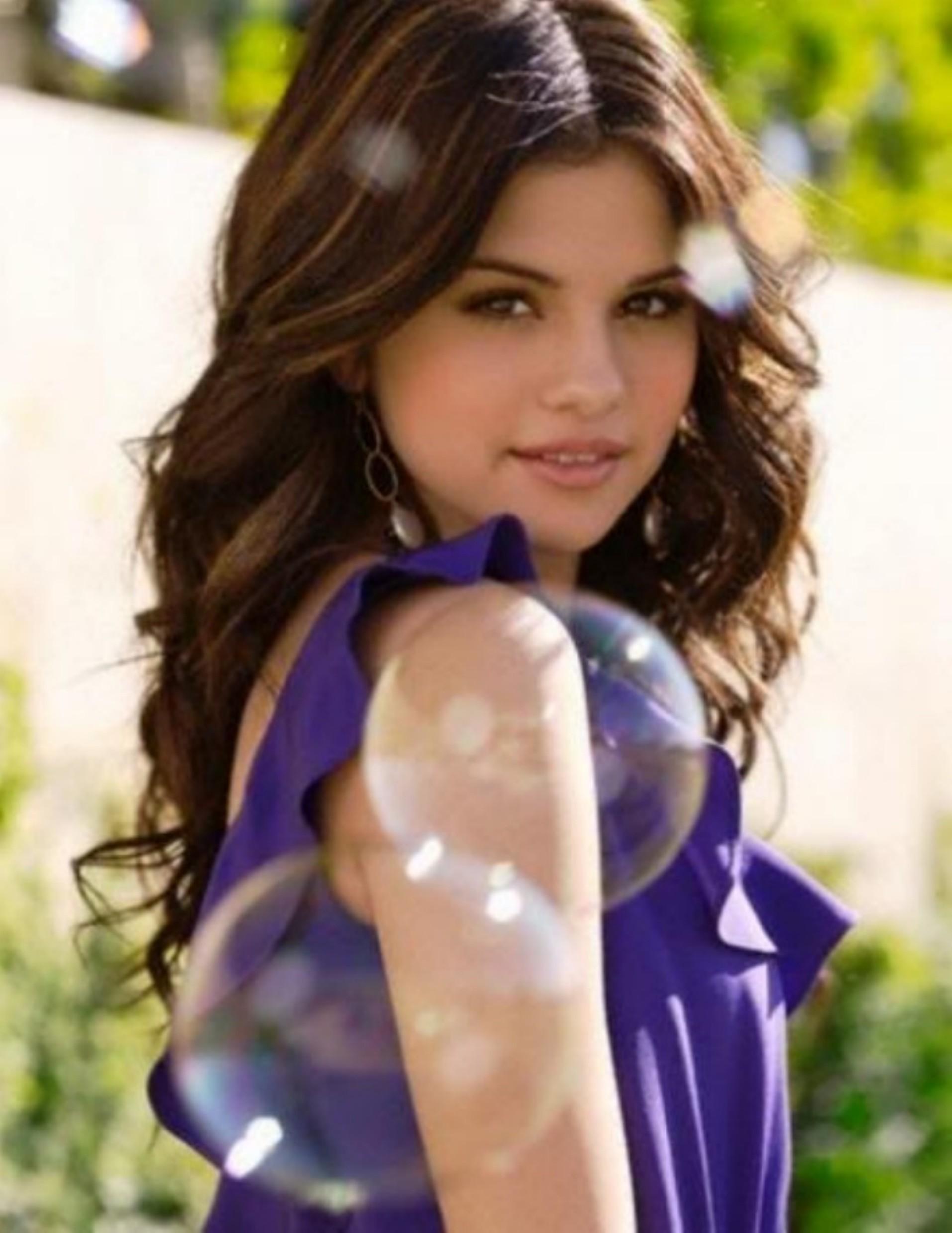 Selena Gomez - Fanpop