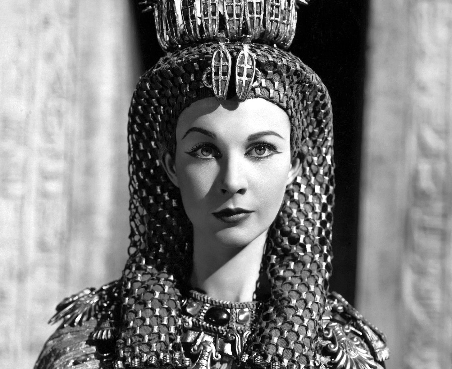 cleopatra the movie Queen of the nile: inside 20th century fox's restoration of cleopatra  shot and  is in the longer version but not in the shorter movie version.