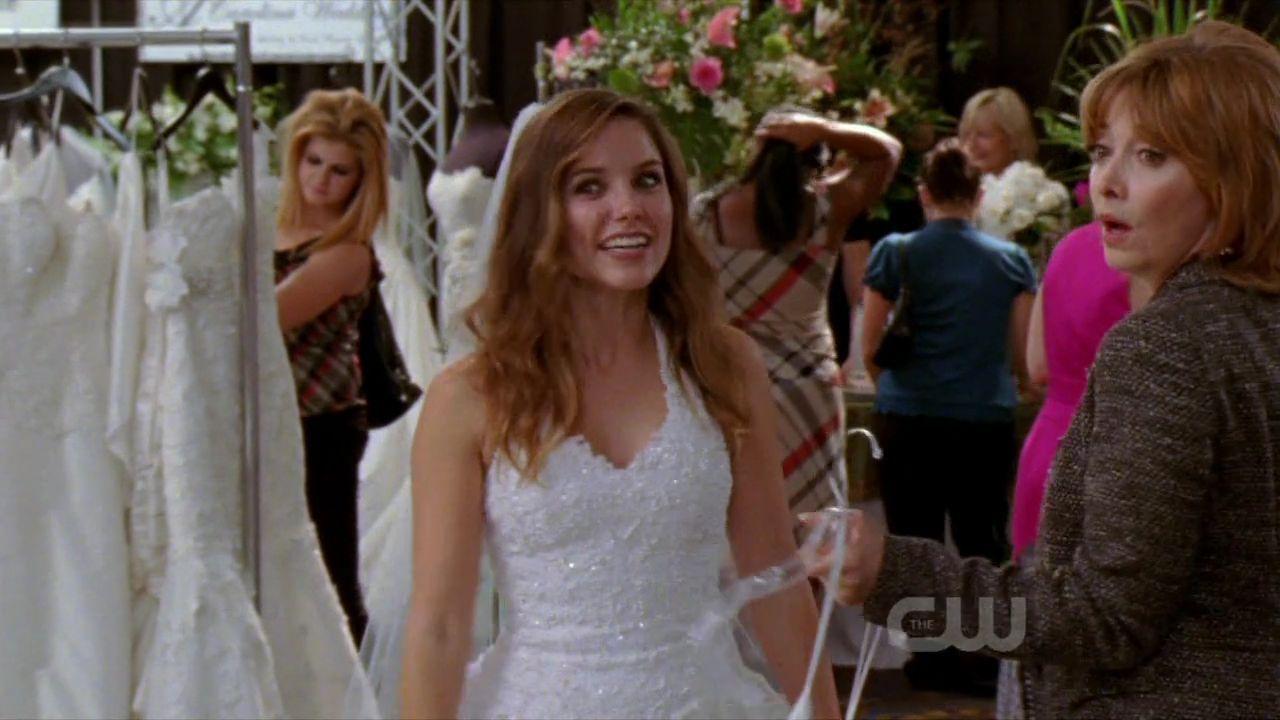 Randoms! Favorite early season 8 Brooke outfit? (sorry not very ...
