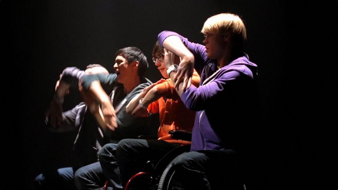 Original vs Glee'd: Somebody To Love - Glee - Fanpop