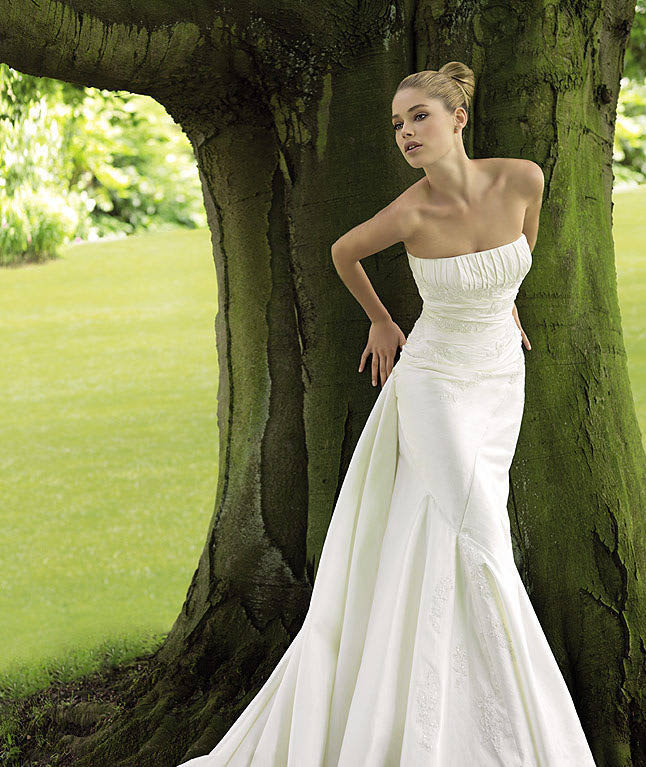 Doutzen Kroes Which One Of These Wedding Dresses That Is Modeling Looks Best On Her