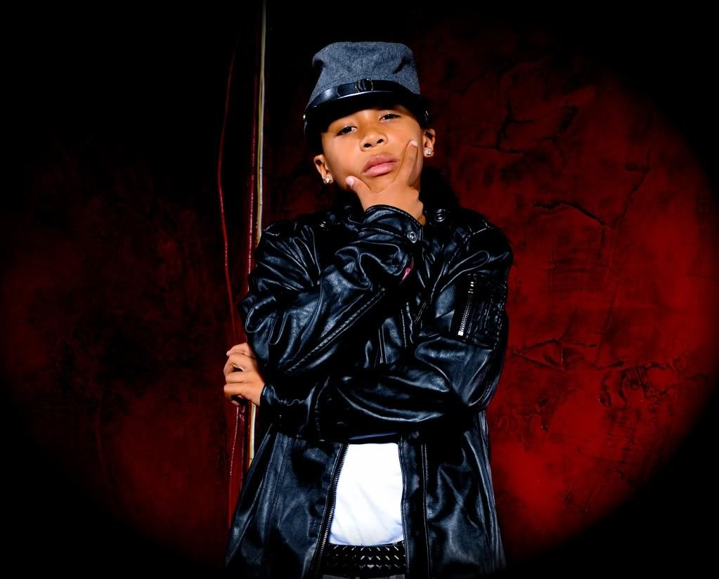who is the hottest from mindless behavior poll results. Black Bedroom Furniture Sets. Home Design Ideas