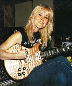 Lita Ford started joined The Runaways when she was how old?