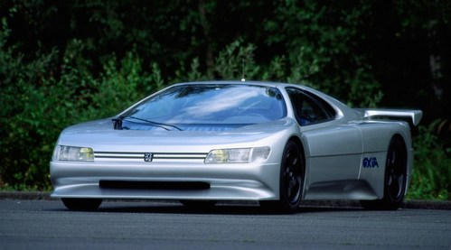 WHAT год IS THIS Peugeot OXIA CONCEPT?