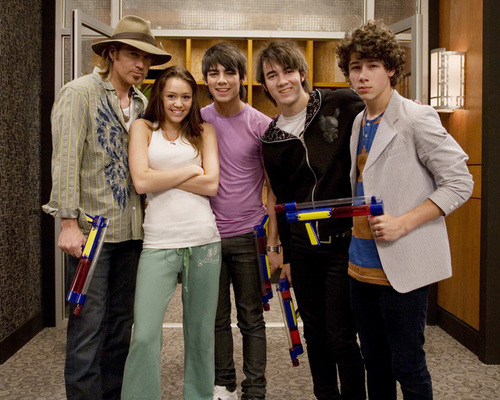 In what episode did Jonas Brothers play in Hannah Montana TV series?