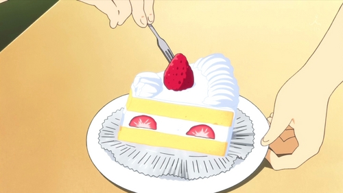 (S2)In EP14, Yui objects to Nodoka's taking her fresa off the parte superior, arriba of her shortcake. Nodoka offers her cake's topping to make it even -- what kind is it?