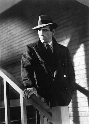 Which movie starring Humphrey Bogart is this picture from?