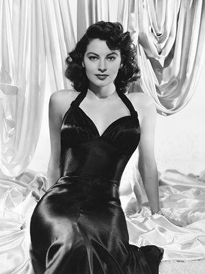 CELEBRITY HEIGHT - How tall was Ava Gardner?
