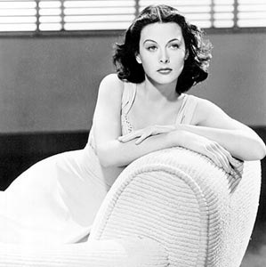 CELEBRITY HEIGHT - How tall was Hedy Lamarr?