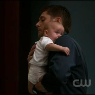 Two and a Half Men: What song did Dean hum to put Bobby John to sleep?