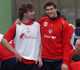 Who is Fernando Llorente best friend?