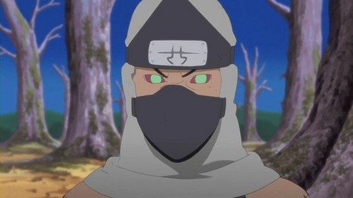 Kakuzu was sent on a mission to fight against who before leaving takigakure