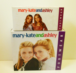 mary-kateandashley brand boots were a hit with the girls. Who was the manufacturing company for them ?