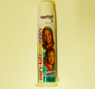 Mary-kate and Ashley brand sold Aquafresh toothpaste. What flavour was it ?