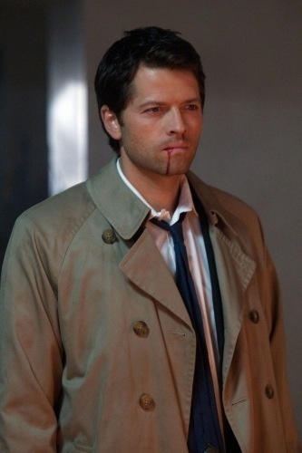 Castiel is fighting against which other অ্যাঞ্জেল in Heaven's Civil War?