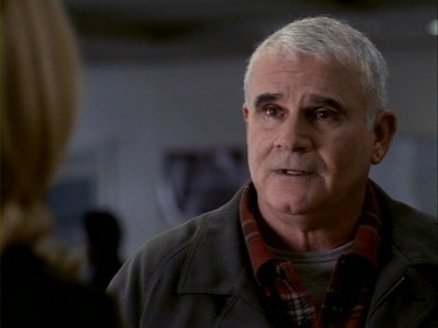 "What was the name of Kate's dad, who we saw for the first time in the episode ""Sense and Sensitivity""?"