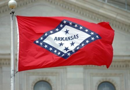 arkansas -- state flag adopted what year ?