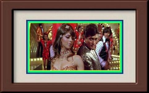 Deepika Padukone appeared with Super étoile, star Rajesh Khanna in a song in which movie?