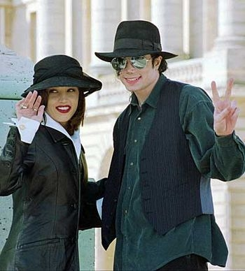 when michael met for the first time Lisa Marie Presley?