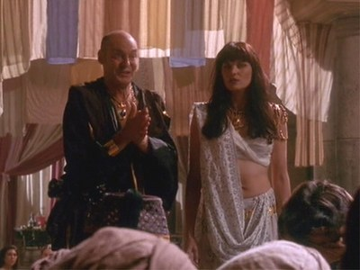 How much money did Gurkhan's men pay to buy Xena for his harem?