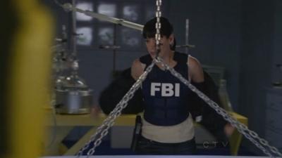 In 6x14 Sense Memory Prentiss takes her kot off because: