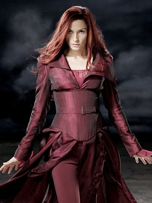 Who plays Jean Grey/Phoenix?