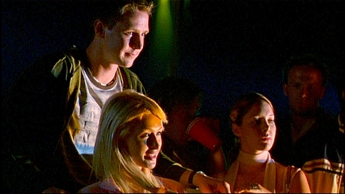 VM MUSIC: What song was played in this scene?